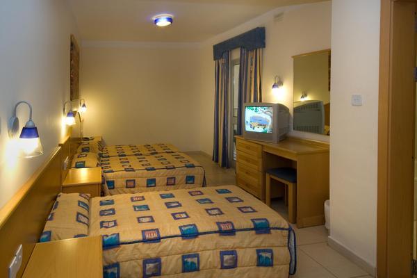 IELS-Bayview-Bedroom