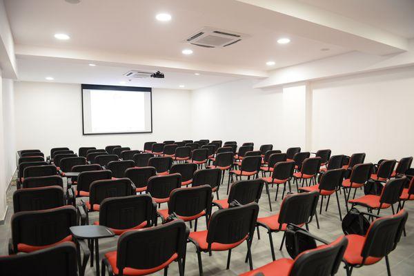 IELS-Malta-School-Multimedia-Room-RRossignaud-107