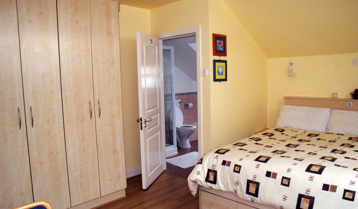 Atlantic_Language_Junior_Summer_Residence_Single_Bedroom-1200x700
